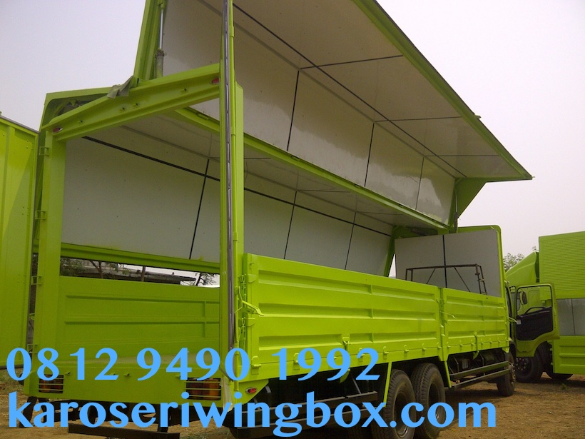 hino-wingbox-tronton