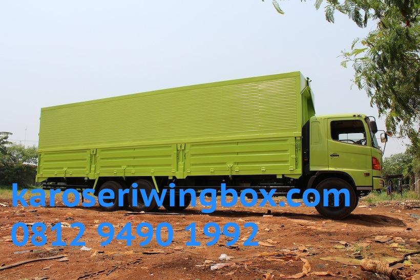 hino-fl-235-jw-karoseri-wingbox-9.7-meter-2