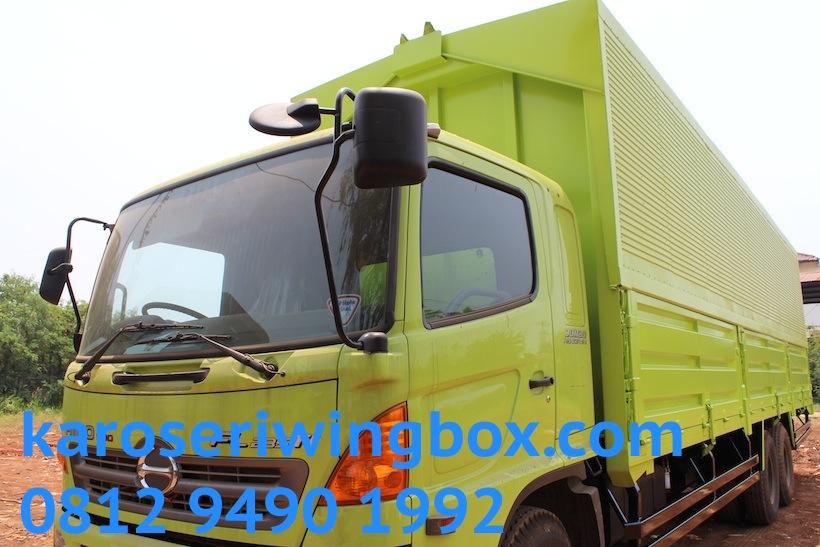 hino-fl-235-jw-karoseri-wingbox-9.7-meter-25