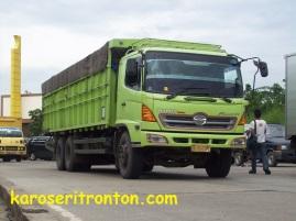 karoseri-tronton truk akap-