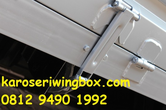 booster pintu dinding karoseri wingbox